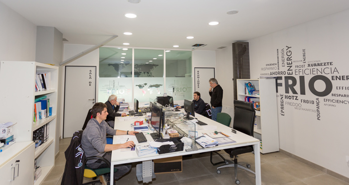 imagen-equipo-empresa-ms-lizarra-instalaciones